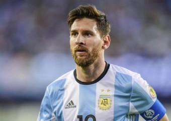 ТОП 15 самых величайших футболистов всех времен