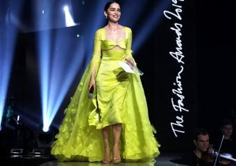 Яркие образы с красной дорожки Fashion Awards 2019