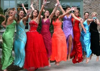 Самые смешные выпускницы мира и их странные наряды: 20 фото