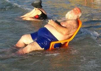Папы в отпуске: 20 забавных фото
