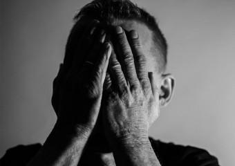 Назван «самый несчастный» возраст в жизни человека